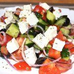 Миниатюра к статье Классический рецепт греческого салата с фото, все секреты и три соуса