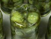 Миниатюра к статье Салат из огурцов на зиму: с маринованным луком и маслом. Просто до гениальности!