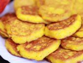 Миниатюра к статье Оладьи из тыквы быстро и вкусно: 9 рецептов с фото + диетические идеи