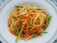 салат из фунчозы рецепт с огурцом