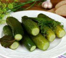 малосольные огурцы классический рецепт с фото пошагово