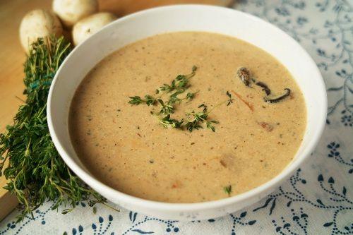 Миниатюра к статье Грибной суп из сушеных белых грибов — секреты по шагам для идеального блюда