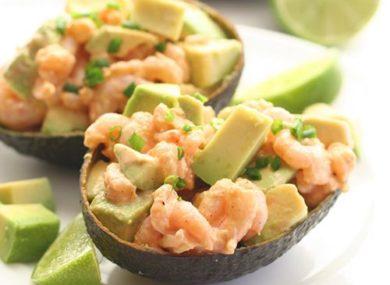 как приготовить вкусный салат с авокадо и креветками