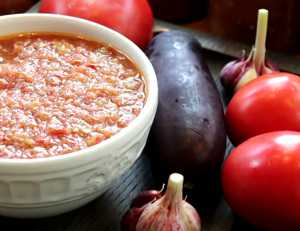 Миниатюра к статье Аджика с баклажанами на зиму — лучший рецепт с фото и все тонкости заготовки соуса