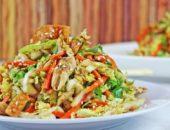 Миниатюра к статье Салат из пекинской капусты с курицей: 10+ красивых и вкусных рецептов