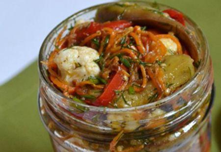 Миниатюра к статье Салат из цветной капусты на зиму: ТОП-12 простых рецептов с фото пошагово