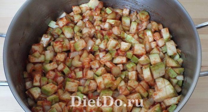 кабачки в томате с фасолью на зиму