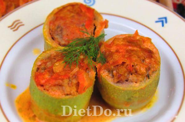 Бочонки из кабачков с фаршем в духовке