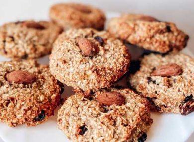 Миниатюра к статье Диетическое овсяное печенье в домашних условиях — 12 простых рецептов из овсяных хлопьев