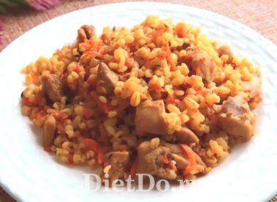 Миниатюра к статье ПП плов с курицей — 7 диетических рецептов на сковороде, в духовке и мультиварке