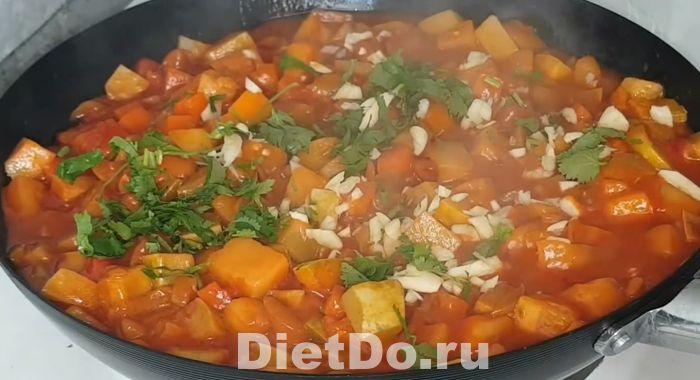 как приготовить рагу из кабачков и баклажанов и картофеля