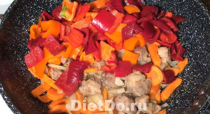рагу из кабачков и баклажанов и картофеля с курицей
